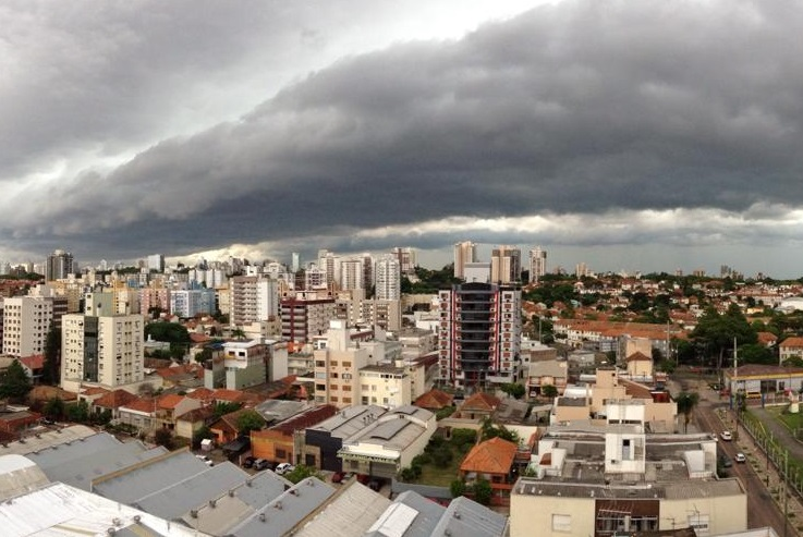 3638e0d73091c Sexta  Abundante nebulosidade e tempo ainda instável com chuva. Alerta-se  que segue o risco de chuva moderada a forte na cidade entre a madrugada e o  ...